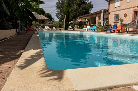 Gite avec piscine lherm for Gite malaucene avec piscine